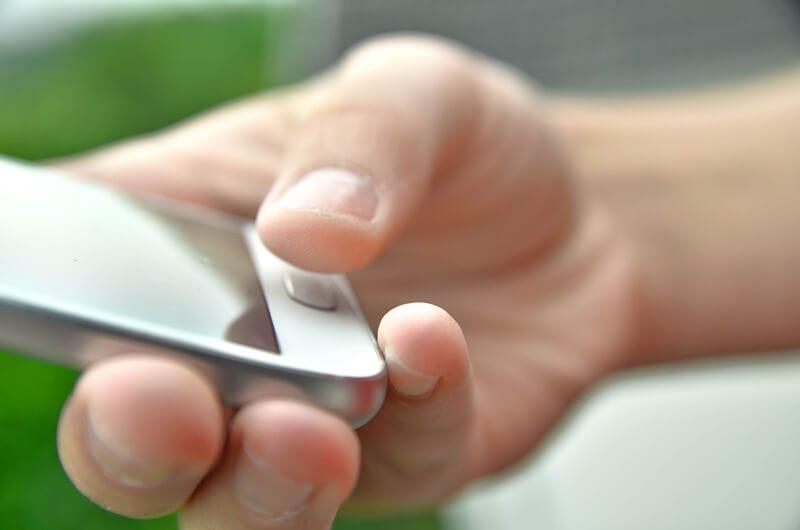 Styr overvågning og alarm gennem app