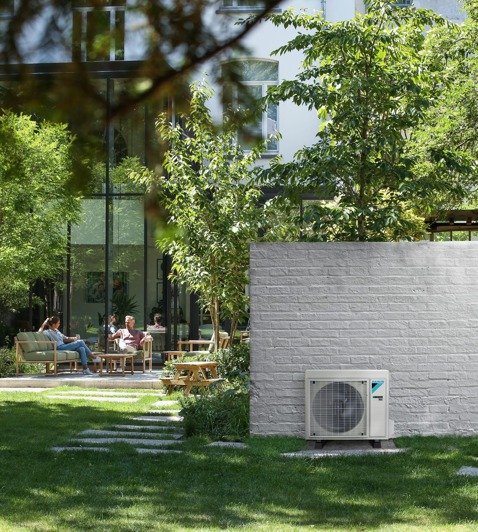 Luft luft varmepumpe udedel i Nyborg, Fyn